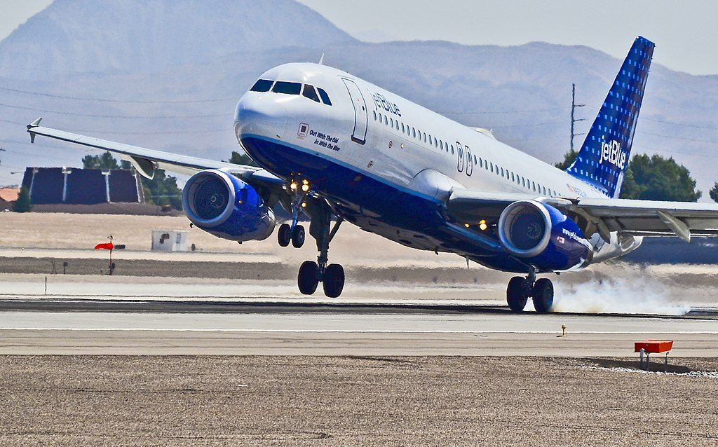 JetBlue Airways Airbus A320 232 N652JB cn 3029 Out With The Old In With The Blue