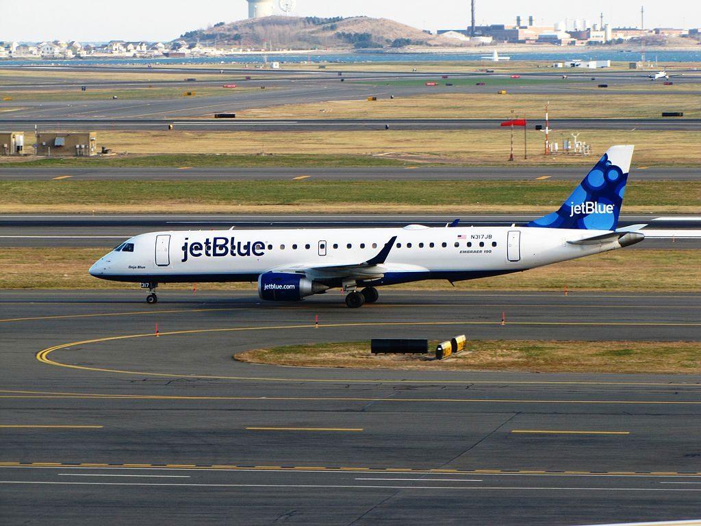 JetBlue Airways Embraer 190 N317JB Deja Blue at General Edward Lawrence Logan International Airport