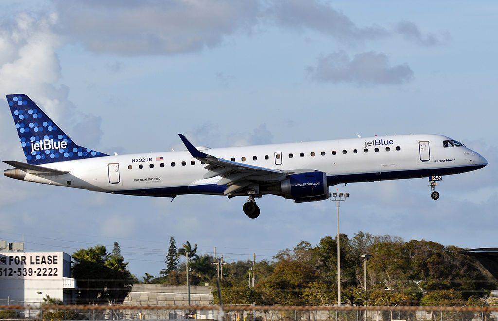 JetBlue Airways Embraer ERJ 190 N292JB Parlez blue at Fort Lauderdale – Hollywood International Airport