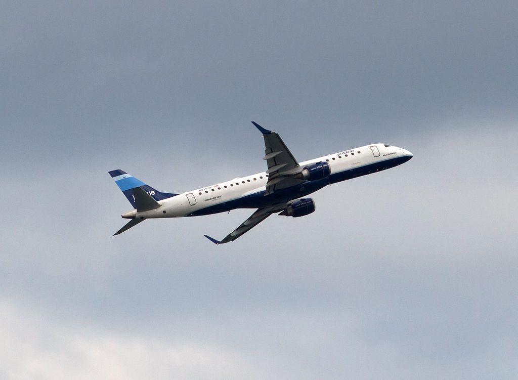 JetBlue Airways N216JB Blue Getaways Embraer ERJ190 at Logan International Airport