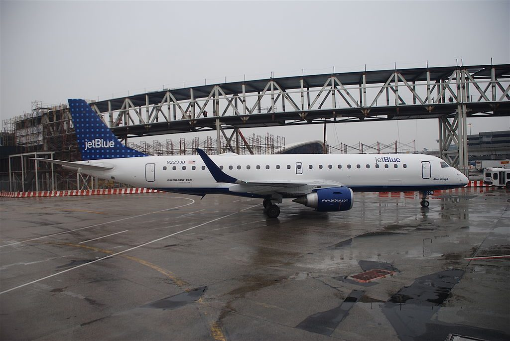 JetBlue Airways N229JB Blue Amigo Embraer ERJ 190 at John F. Kennedy International Airport