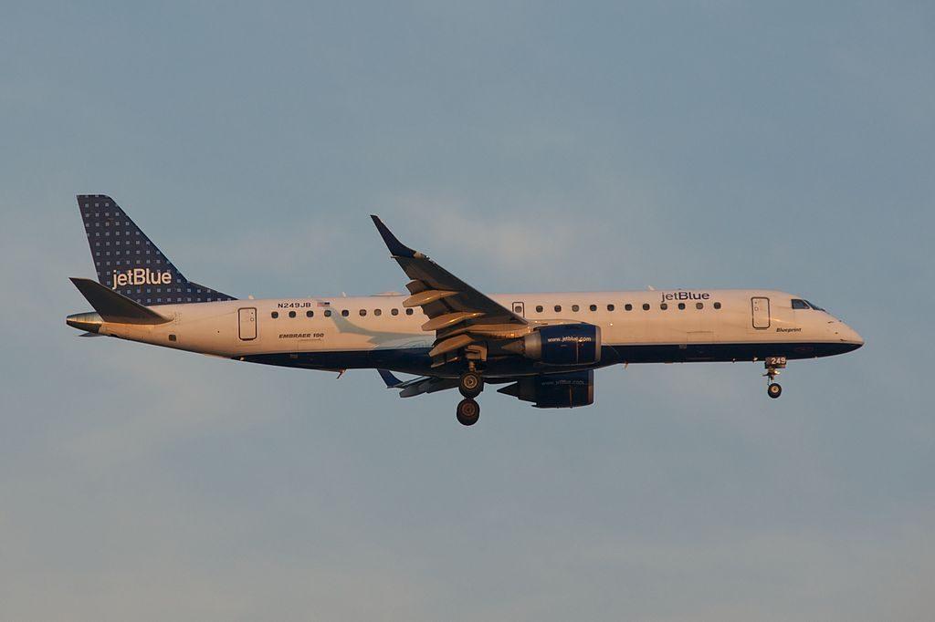 JetBlue Airways N249JB Blueprint Embraer ERJ 190AR Landing Runway 22R ORD OHare International Airport