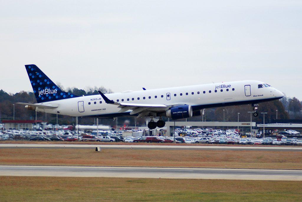JetBlue Airways N265JB Blue Streak Embraer ERJ 190AR Aircraft Photos
