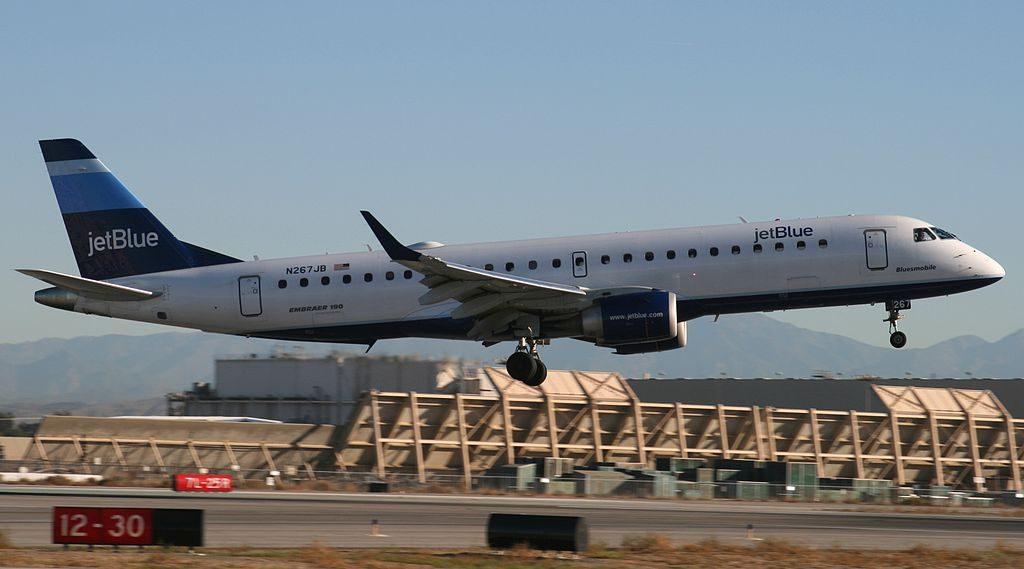 JetBlue Airways N267JB Bluesmobile Embraer ERJ 190AR landing on RWY 12 at Long Beach Airport