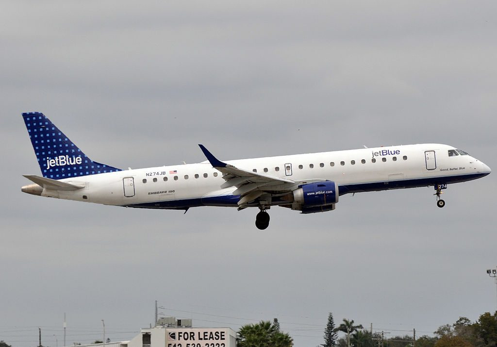 JetBlue Airways N274JB Good Better Blue Embraer ERJ 190AR at Fort Lauderdale – Hollywood International Airport