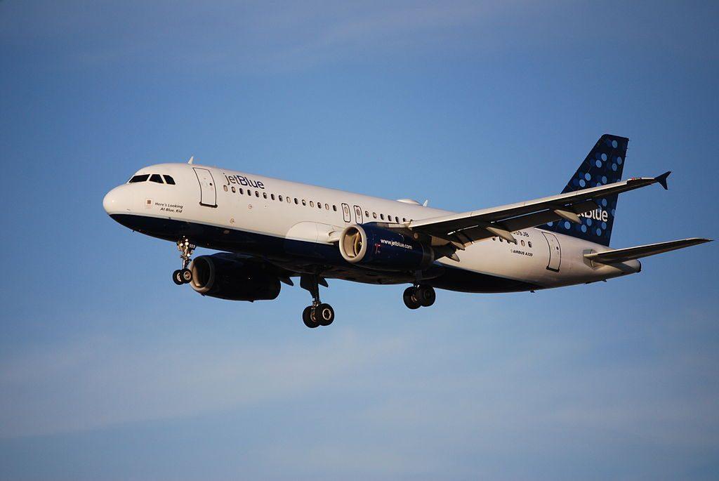 JetBlue Airways N559JB Heres Looking At Blue Kid Airbus A320 200 at San Jose International Airport