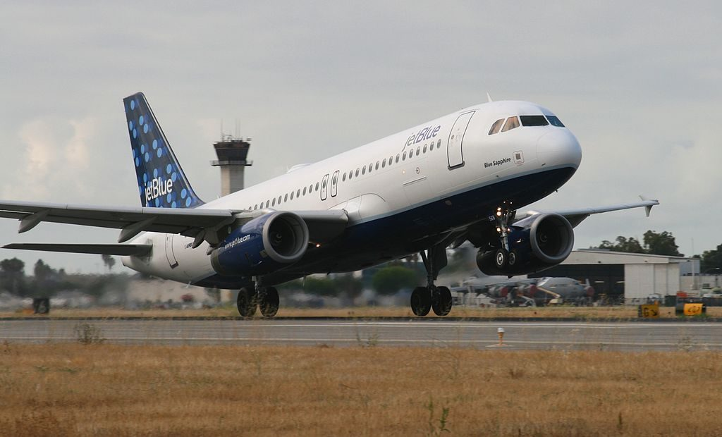 JetBlue Airways N568JB Blue Sapphire Airbus A320 200 departure from Rwy 30 at Long Beach Airport
