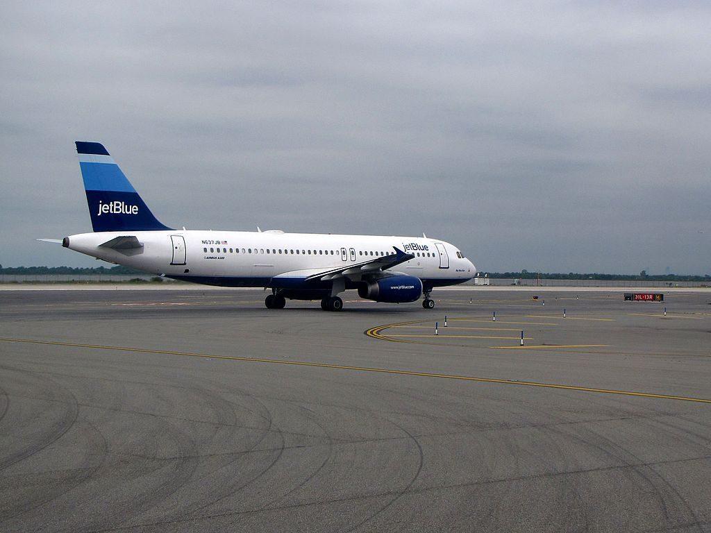 JetBlue Airways N637JB Big Blue Bus Airbus A320 200 John F. Kennedy International Airport