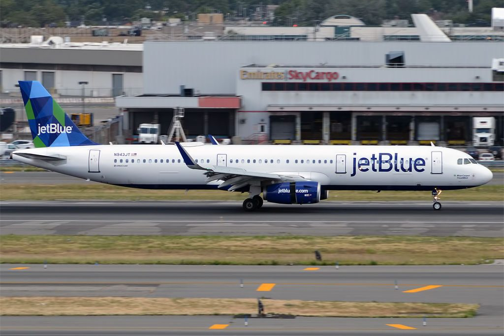 JetBlue Airways N943JT Blue Carpet TreatMint Airbus A321 231 Taxiing at New York JFK Airport