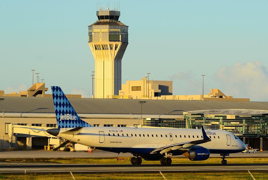 N193JB JetBlue Airways Embraer ERJ 190 100IGW Peek A Blue at San Juan Luis Munoz Marin International SJU TJSJ Puerto Rico