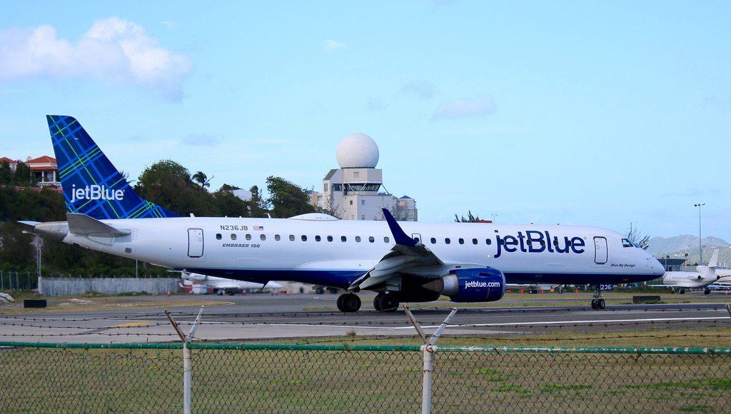 N236JB Embraer ERJ 190 jetBlue Airways Regional Jet Blue By Design
