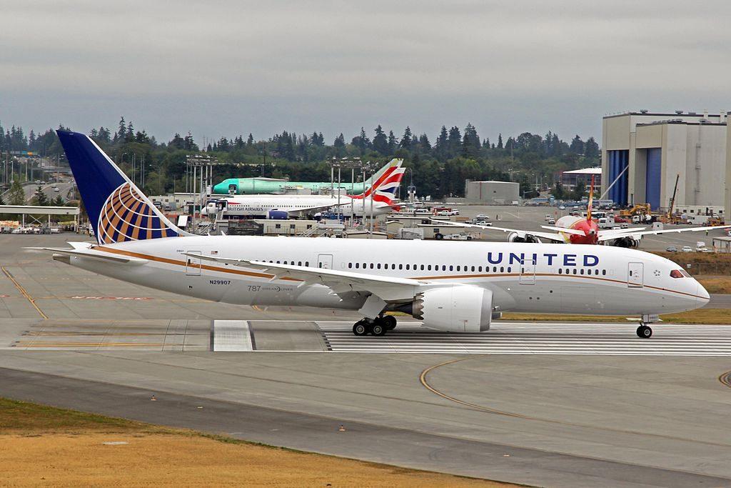 N29907 United Airlines Aircraft Fleet Boeing 787 8 Dreamliner cnserial number 34830117 Departing Everett PAE for Denver DEN on delivery