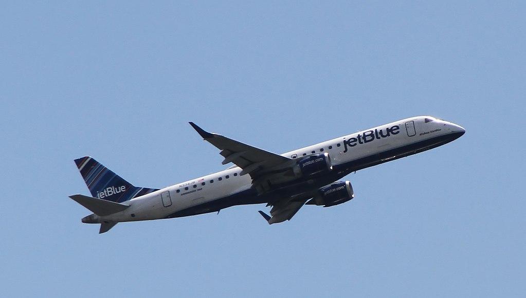 N334JB Follow @JetBlue JetBlue Airways Regional Jet Embraer ERJ 190AR