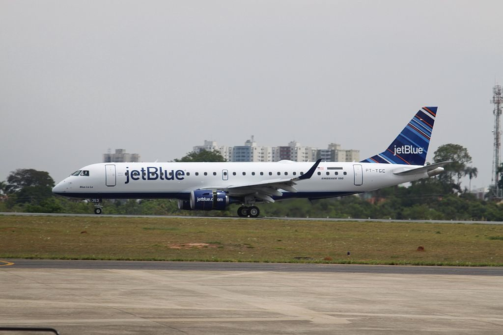 N353JB Blue La La JetBlue Airways Regional Jet Embraer ERJ 190AR at São José dos Campos Airport
