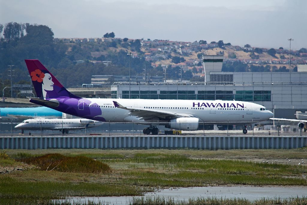 N388HA Hawaiian Airlines Fleet Airbus A330 243 cn 1310 22Nahiku22 taxiing runway 1R at SFO Airport