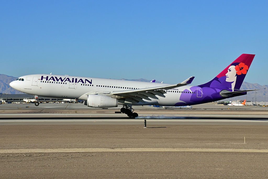 N390HA Hawaiian Airlines Fleet Airbus A330 200 Nāmāhoe landing at McCarran Airport