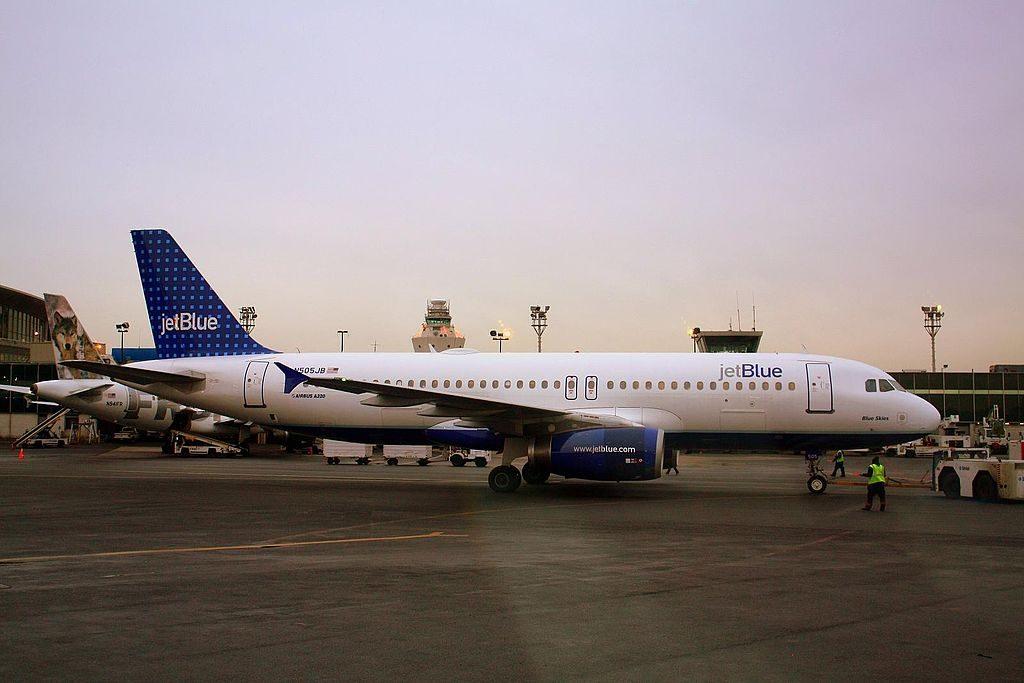 N505JB JetBlue Airways Airbus A320 232 cn 1173 Blue Skies at LaGuardia Airport