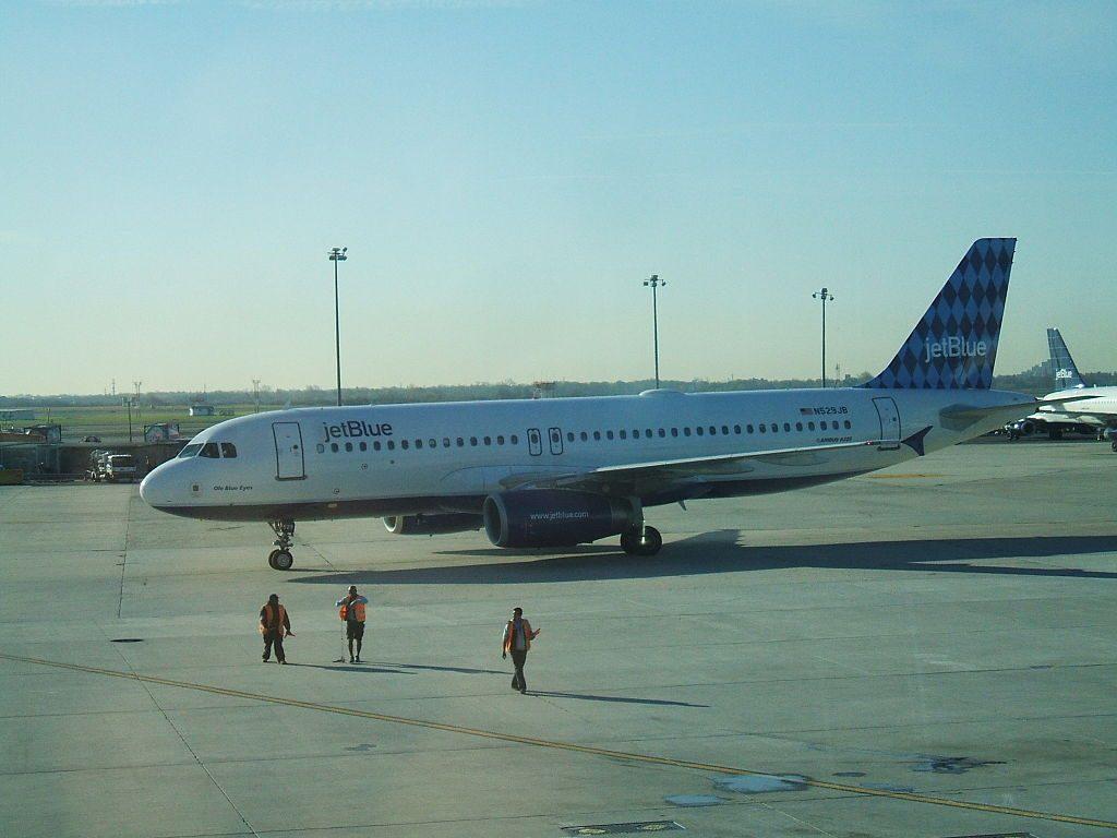 N529JB JetBlue Airways Airbus A320 232 Ole Blue Eyes at John F. Kennedy International Airport