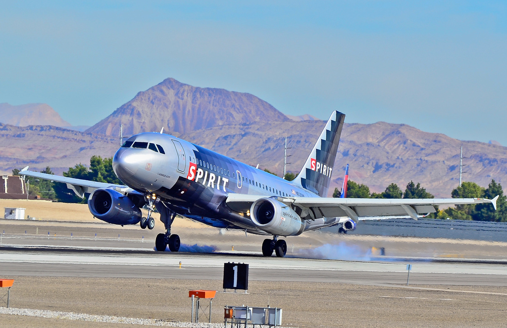 N530NK Spirit Airlines Airbus A319 132 CN 3017 hard landing at McCarran International Airport