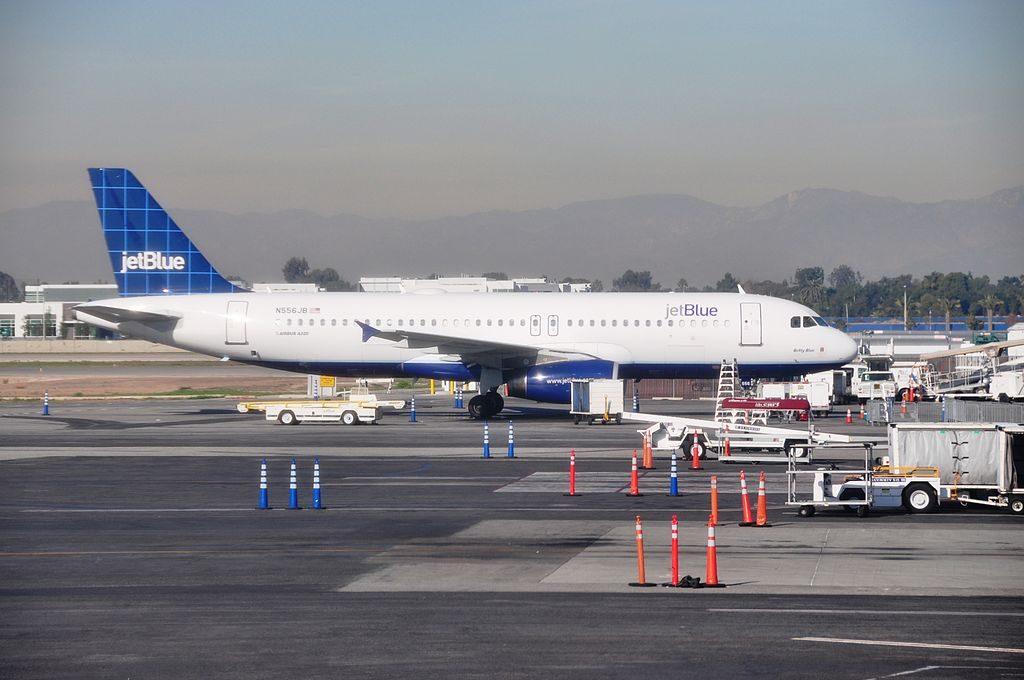 N556JB Airbus A320 200 JetBlue Airways Betty Blue at McCarran International Airport