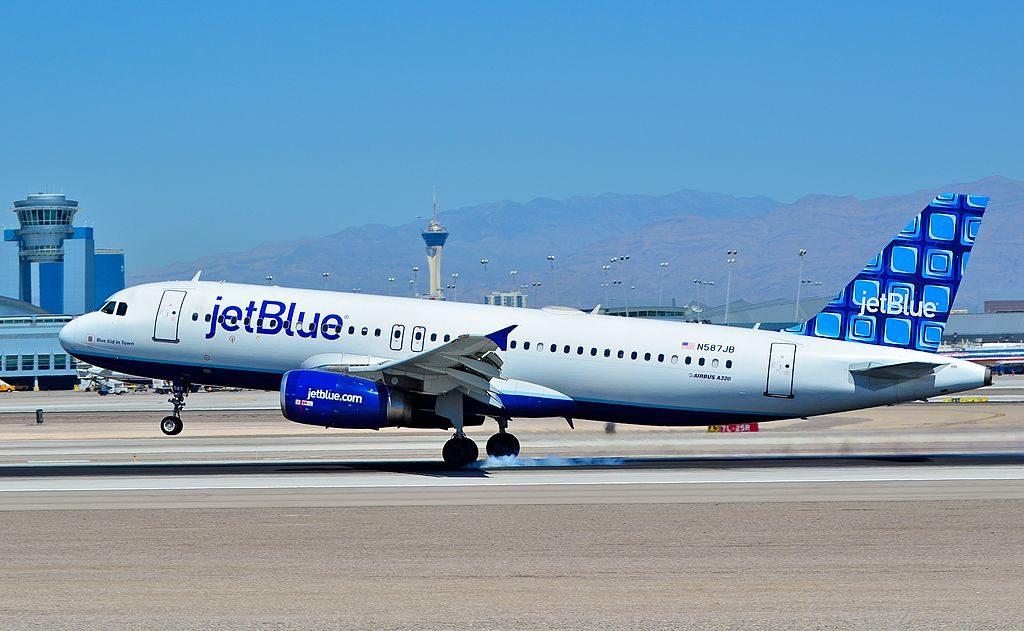 N587JB jetBlue Airways Airbus A320 232 cn 2177 Blue Kid in Town landing and takeoff at McCarran International Airport LAS KLAS USA