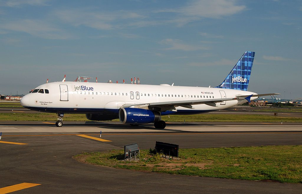 N593JB jetBlue Airways Airbus A320 232 I Only Have Eyes for Blue at Newark Liberty International Airport