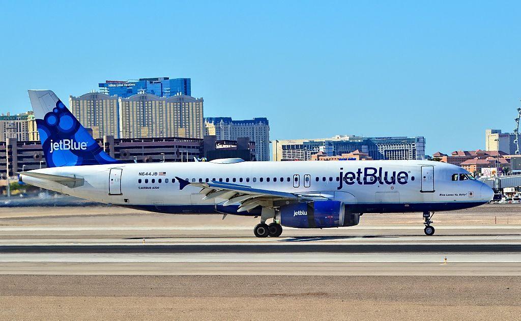 N644JB JetBlue Airways Airbus A320 232 cn 2880 Blue Loves Ya Baby at McCarran International Airport LAS KLAS