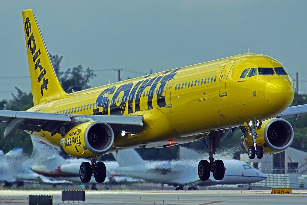 N662NK Airbus A321 200 Spirit Airlines Aircraft Fleet landing at Fort Lauderdale–Hollywood International Airport