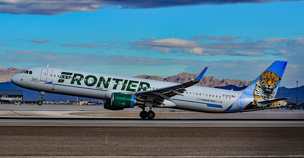 N712FR Frontier Airlines Airbus A321 211 cn 7204 Spot The Jaguar landing and takeoff at McCarran International Airport LAS KLAS