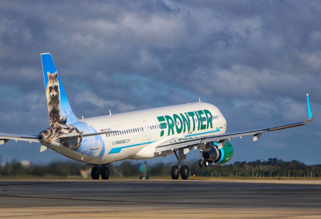 N716FR Frontier Airlines Airbus A321 200 Seymour the Walrus departing PDX