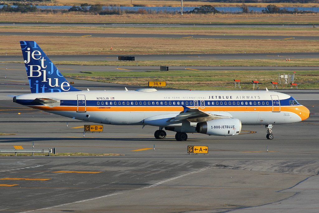 N763JB Airbus A320 232 jetBlue Airways Whats Old is Blue Again New York International Vintage Livery