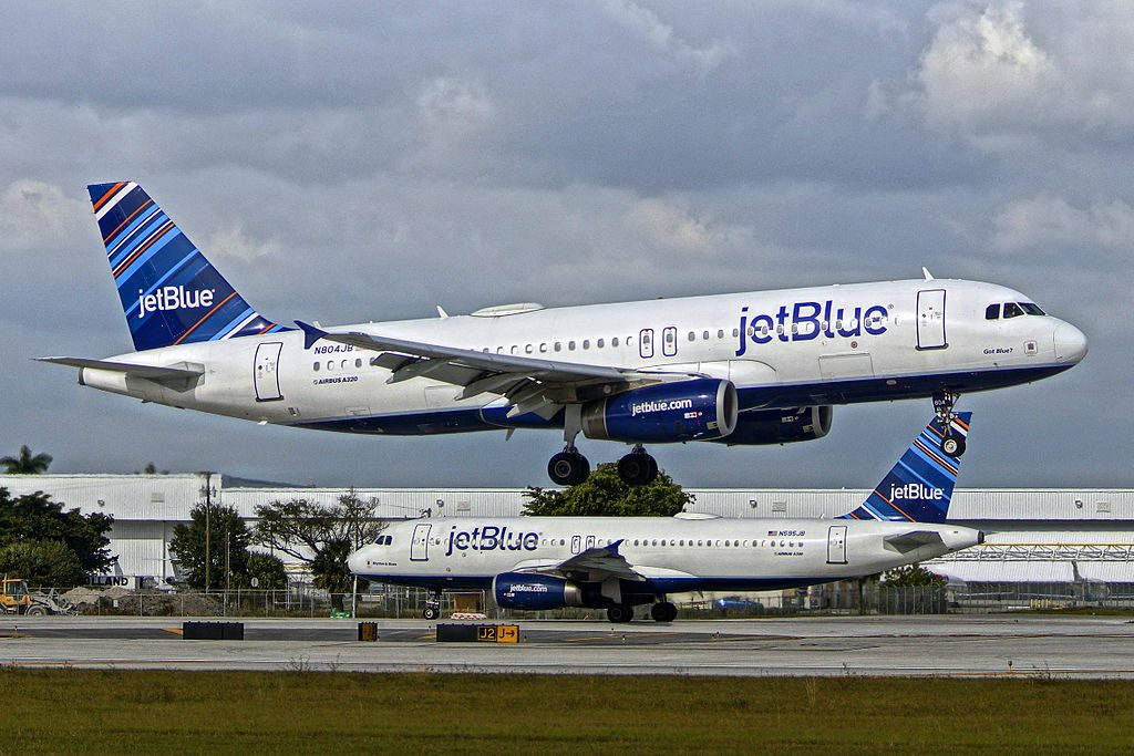 N804JB Got Blue JetBlue Airways Airbus A320 200 at FLL