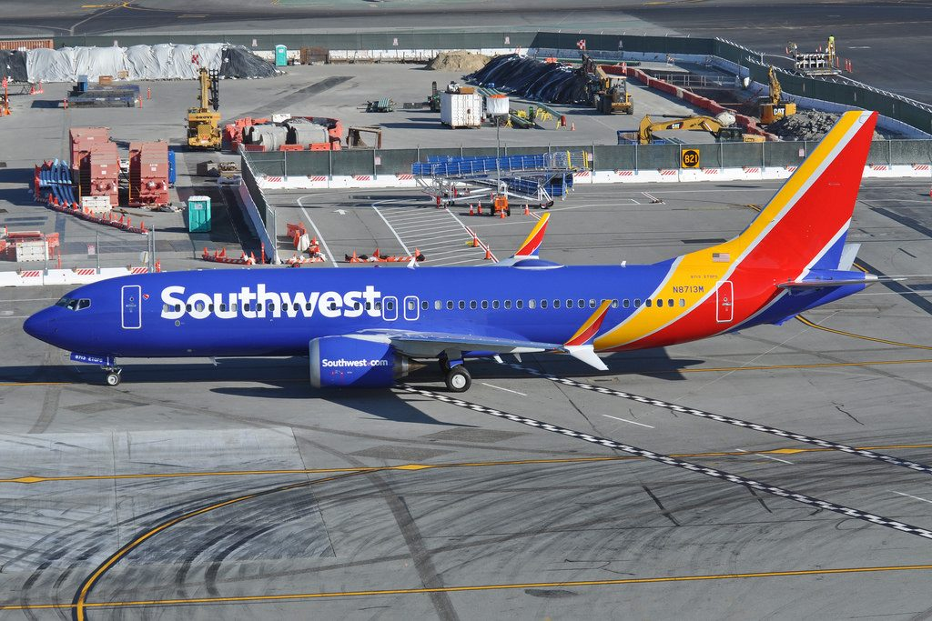 N8713M Southwest Airlines Boeing 737 Max 8 from St. Louis heads for B24 at SFO