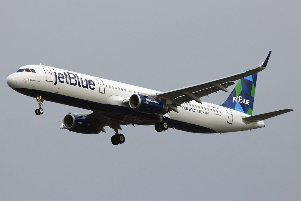 N942JB JetBlue Airways Airbus A321 231 sn 6279 Menta Fresca Our 200th Aircraft at Los Angeles International Airport