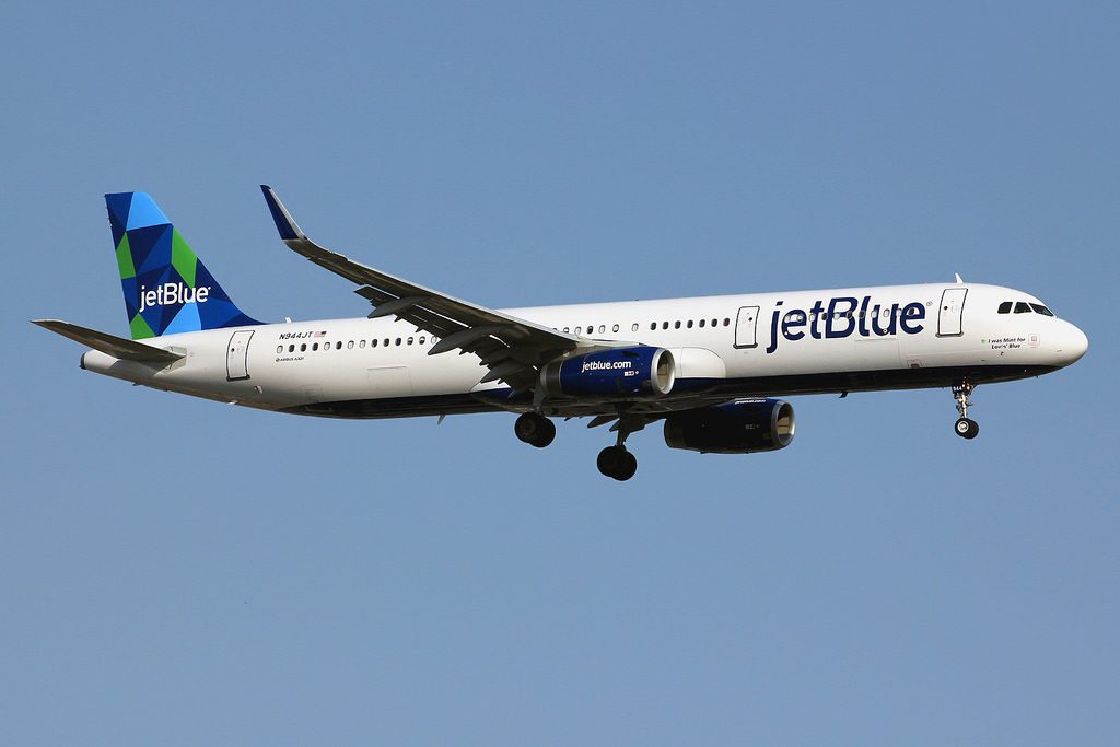 N944JT Airbus A321 231wl jetBlue Airways I was Mint for Lovin Blue Aircraft photos