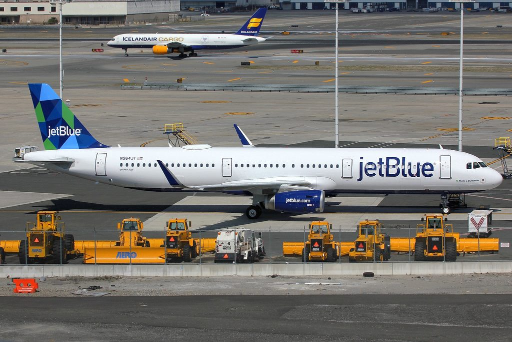 N964JT Airbus A321 231 winglets jetBlue Airways Make a StateMint aircraft photos