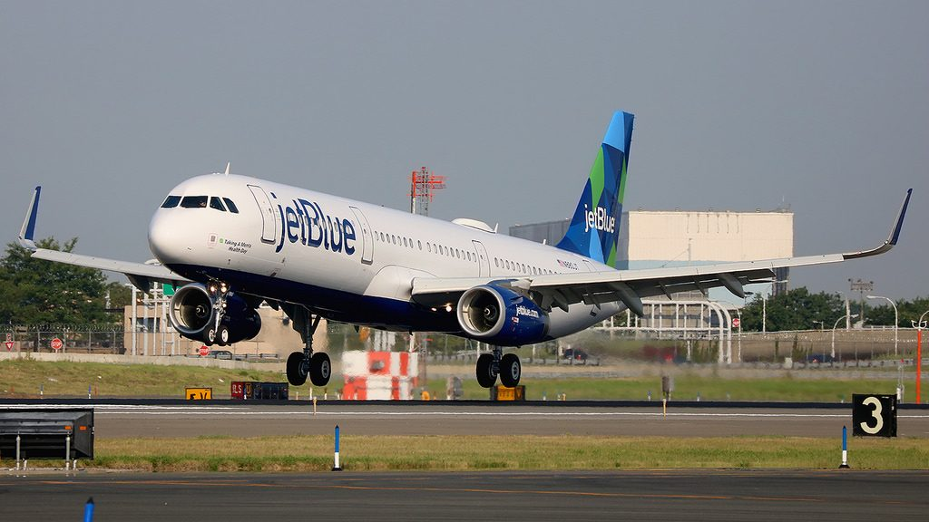 N980JT Airbus A321 231W jetBlue Airways Taking a Menta Health Day landing at New York JFK