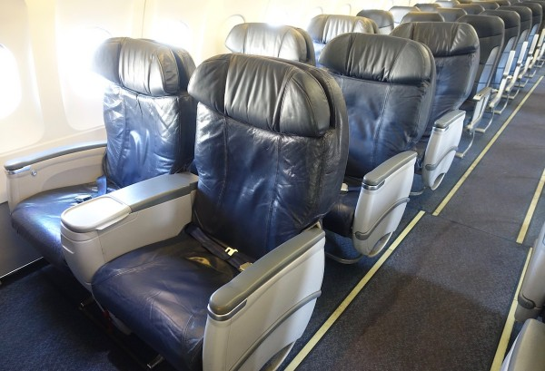 Spirit Airlines Airbus A319 100 Cabin Big Front Seats Row Photos
