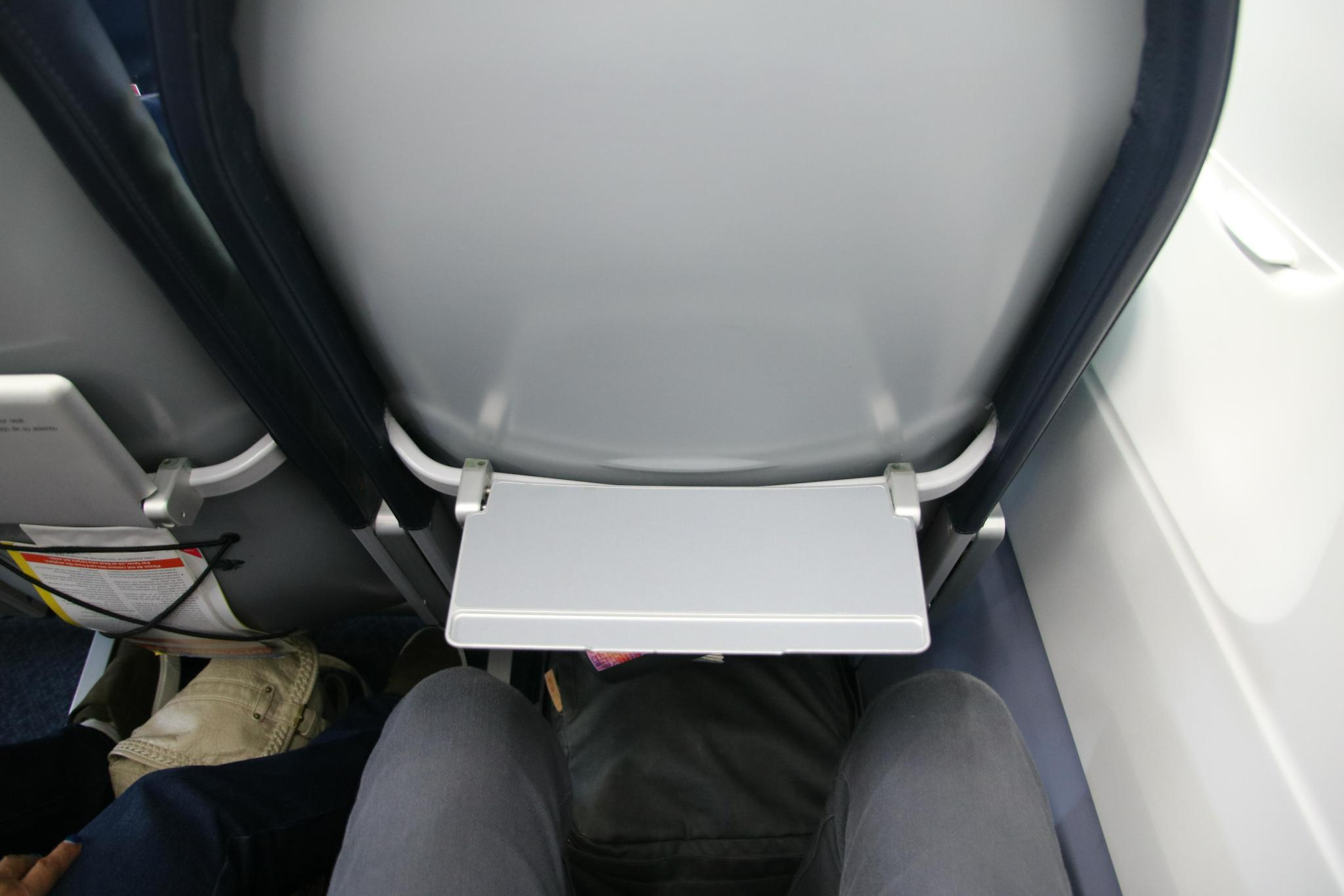 Spirit Airlines Airbus A321 200 Economy Class Standard Coach Seats pitch Legroom photos