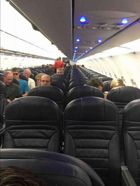 Spirit Airlines Fleet Airbus A320 200 Cabin Interior Layout and Seats Configruration Photos