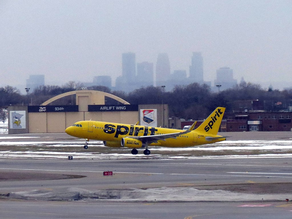 Spirit Airlines Fleet N646NK Airbus A320 200 landing and takeof at Minneapolis Saint Paul International Airport