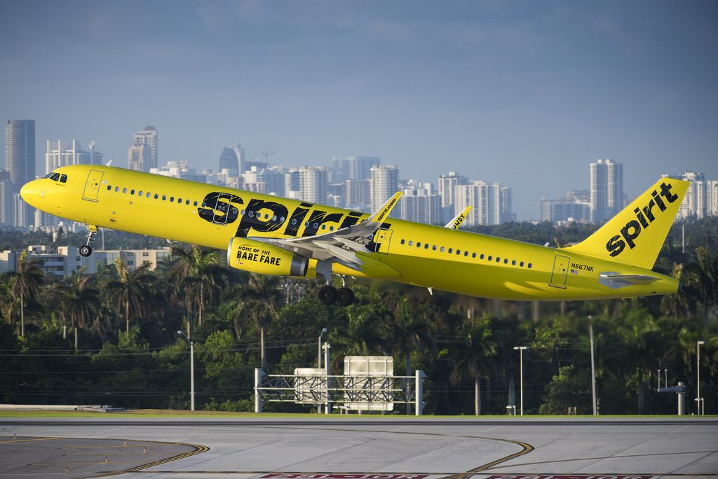 Spirit Airlines Fleet N667NK Airbus A321 200 landing and takeoff photos