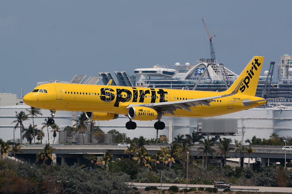 Spirit Airlines N683NK Airbus A321 231 Aicraft Photos at KFLL Fort Lauderdale–Hollywood International Airport