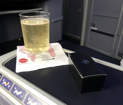 United Airlines Aircraft Fleet Boeing 787 8 Dreamliner Polaris BusinessFirst Class Cabin Pre Departure Sparkling Wine And Chocolates