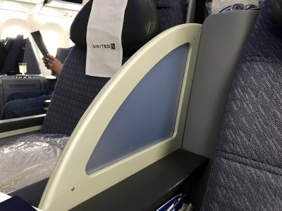 United Airlines Aircraft Fleet Boeing 787 8 Dreamliner Polaris BusinessFirst Class Cabin Privacy Divider Between Seats