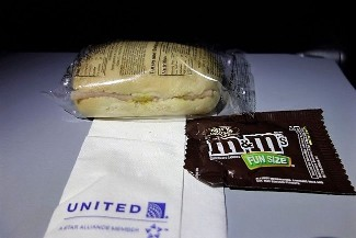 United Airlines Aircraft Fleet Boeing 787 9 Dreamliner Economy Class Cabin Inflight Amenities Turkey and cheese sandwich