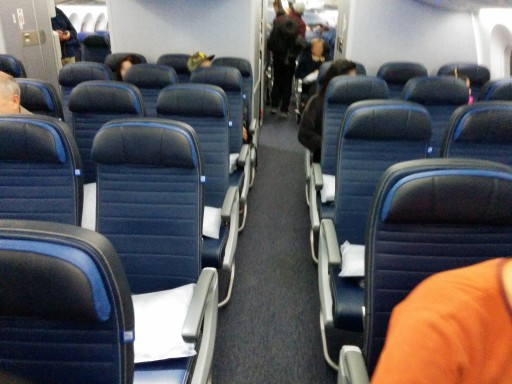 United Airlines Aircraft Fleet Boeing 787 9 Dreamliner Economy Class Cabin UA newest leather seats are installed