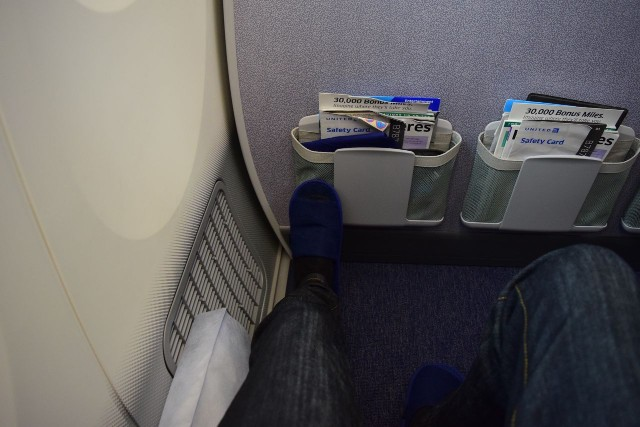 United Airlines Aircraft Fleet Boeing 787 9 Dreamliner Economy Plus Premium Eco Class Cabin Bulkhead Seats Pitch Legroom Photos