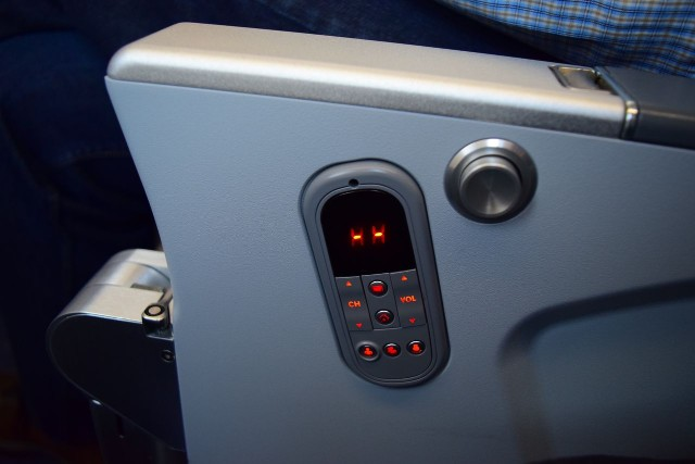 United Airlines Aircraft Fleet Boeing 787 9 Dreamliner Economy Plus Premium Eco Class Cabin IFE controls were fixed into the seat