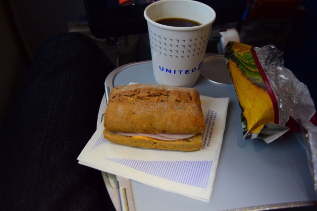 United Airlines Aircraft Fleet Boeing 787 9 Dreamliner Economy Plus Premium Eco Class Cabin pre arrival meal ham and cheese sandwich